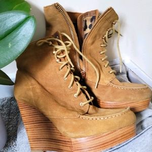 Coach!! Suede  ankle boots 💥